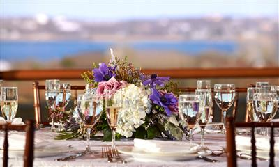 View Photo - Gorgeous wedding table centerpiece