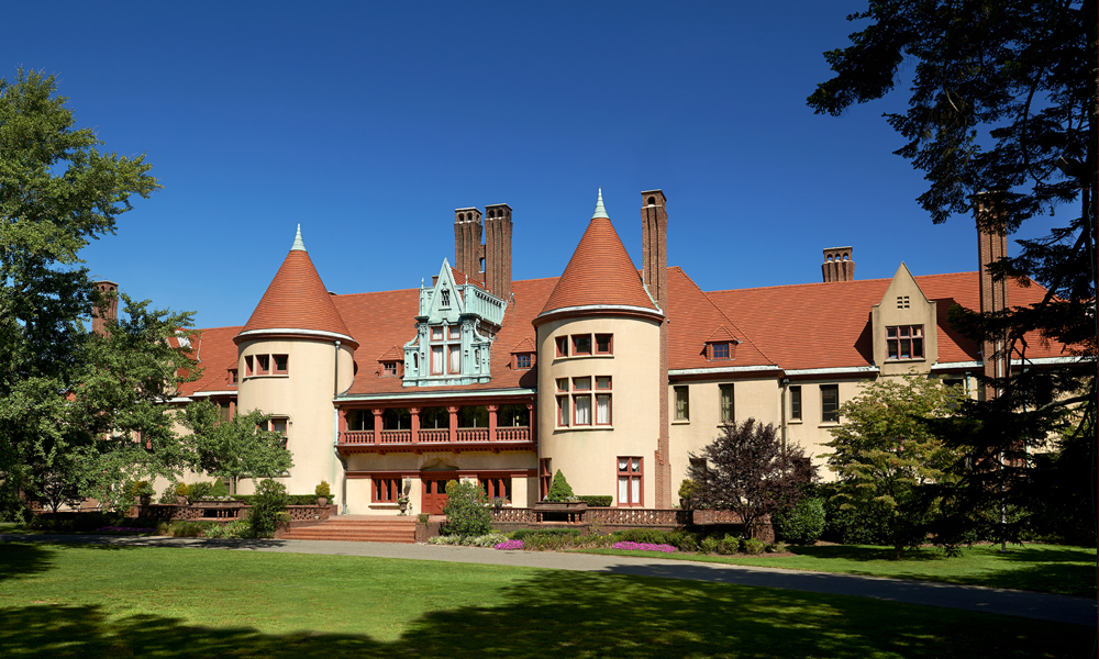 Lessing S Chateau At Coindre Hall Long Island S Midieval
