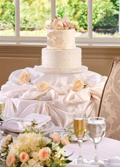 View Photo - Floral wedding cake