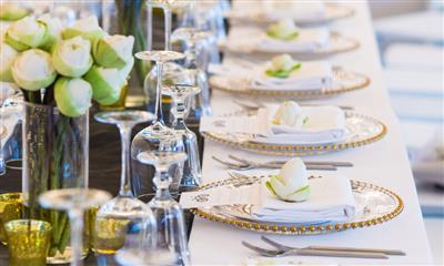 View Photo - Wedding table setting