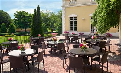 View Photo #16 - Outdoor seating