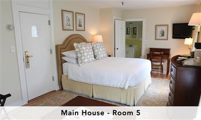 View Photo #5 - Main house stateroom