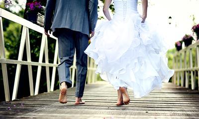 View Photo #20 - Couple on Boardwalk