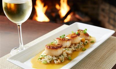 View Photo #8 - Scallops and wine