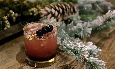 View Photo #14 - Cocktail during the holidays